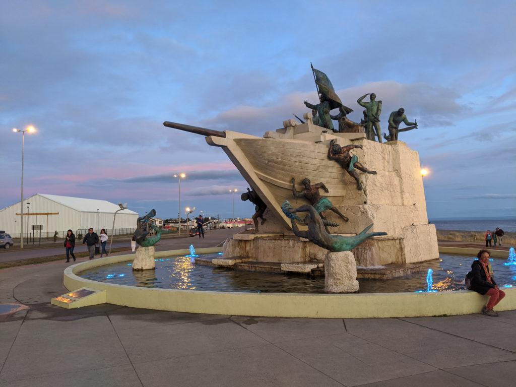 Monumento A Tripulantes Goleta Ancud - Punta Arenas